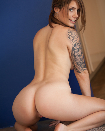 Tattooed Hailey Leigh Posing For Us