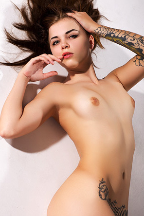 Hot Tattooed Naked Wanessa